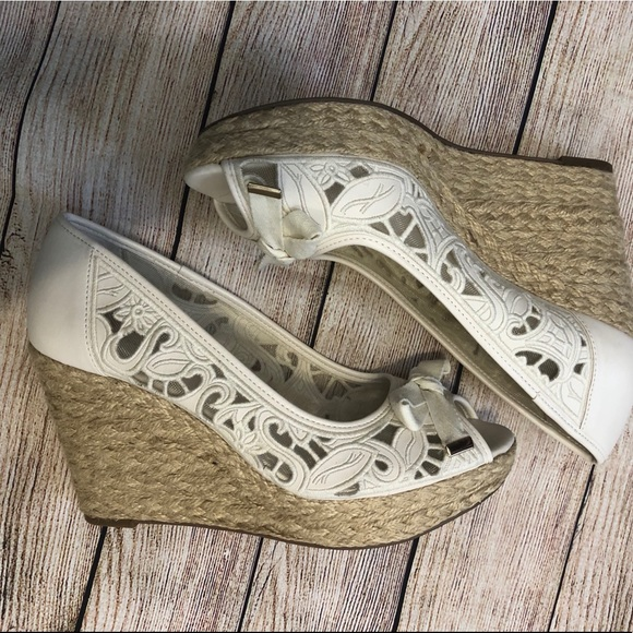a1ebe0ee49c6 Kelly   Katie Shoes - Brand new Kelly and Katie wedges DSW size 9